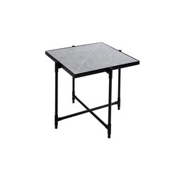 Side Table BLACK on BLACK - White Marble | Tables de chevet | HANDVÄRK