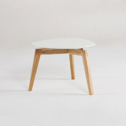 Private Space Sidetable 42 | Mesas de centro | ellenberger