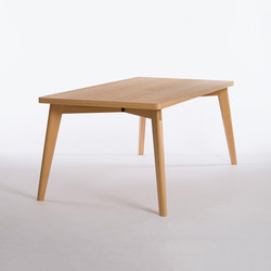 Private Space Dining Table Oak | Meeting room tables | ellenbergerdesign