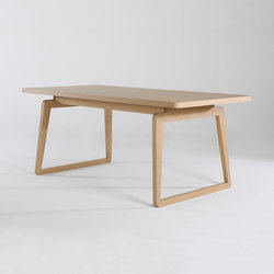 Private Space Dining Table Oak SL | Mesas de reuniones | ellenbergerdesign