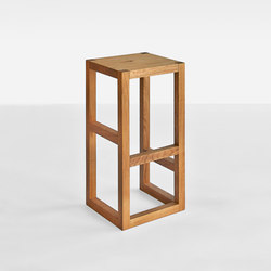 STEP Bar stool | Taburetes de bar | Vitamin Design