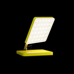 roxxane fly portable L | Luminaires de table | Nimbus