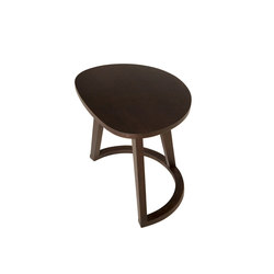 Virgola | Side tables | Amura
