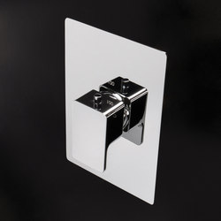 Eleganza Thermostatic Valve 1845L | Grifería para duchas | Lacava