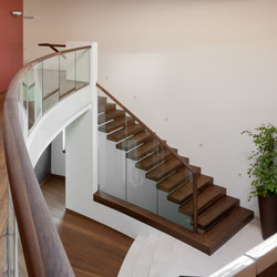 Europa commercial | Wood stairs | Siller Treppen
