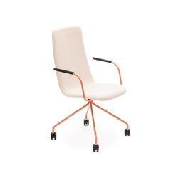 Sola conference chair with four leg base with castors high backrest | Sedie girevoli da lavoro | Martela