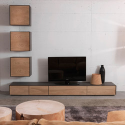 Rialto wall unit 2013 | Muebles Hifi / TV | Riva 1920