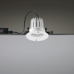 Leila 135 CoB LED / Painted Frame - Medium Beam 20° | Plafonniers à encastrer LED | Ares