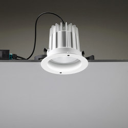 Leila 165 CoB LED / Painted Frame - Medium Beam 20° | Deckeneinbauleuchten | Ares