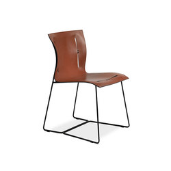 Cuoio chair | Visitors chairs / Side chairs | Walter K.