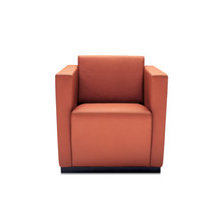 Elton armchair | Lounge chairs | Walter K.