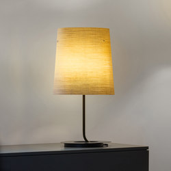 GRACE Table lamp grande | Illuminazione generale | Karboxx