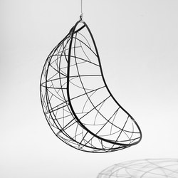 Nest Egg hanging swing chair | Garden chairs | Studio Stirling