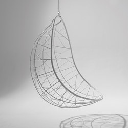Nest Egg hanging swing chair | Balancelles | Studio Stirling