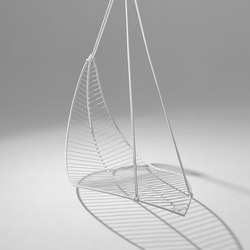 Leaf hanging swing chair | Sillas de jardín | Studio Stirling