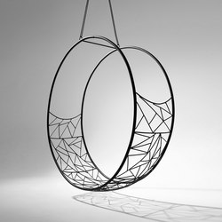 Wheel hanging swing chair | Schaukeln | Studio Stirling