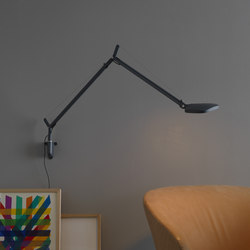 Volée Wall lamp | Reading lights | FontanaArte