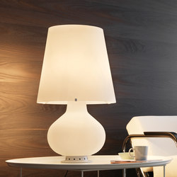 Fontana Table lamp big | General lighting | FontanaArte