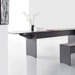 Riva folding table | Dining tables | Conmoto