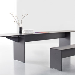 Riva folding table | Tables de repas | Conmoto