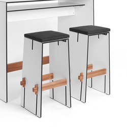 Tension bar stool | Sgabelli bar da giardino | Conmoto