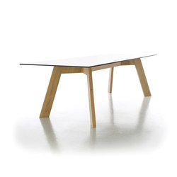Y-Woman table | Tables de repas | conmoto
