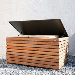 Forte cushion box | Chests | Conmoto