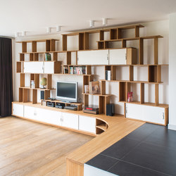 Curve Wood Bookshelf TV | Office shelving systems | Jo-a