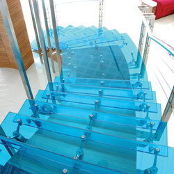 Vanceva | Glass stairs | Scale di vetro | Vanceva