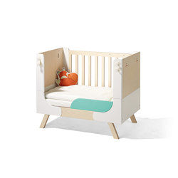 Famille Garage children's bed | Letti infanzia | Richard Lampert