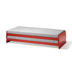 Lönneberga stacking bed | Lits simples | Richard Lampert