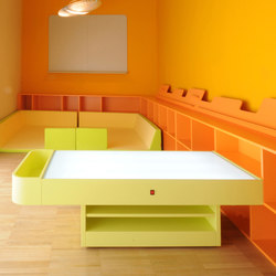 Light table | Tables pour enfants | PLAY+