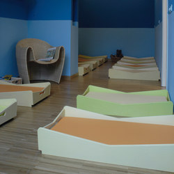 Cot | Children's beds | PLAY+