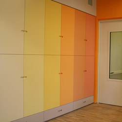 Kindergarten wardrobe | Klassenzimmerschrankmöbel | PLAY+