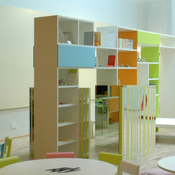 "Piazza ""in linea"" bookshelf 
