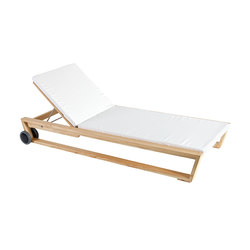 Lineal Sonnenliege | Sun loungers | Point