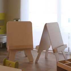 Easel | Flip charts / Writing boards | PLAY+