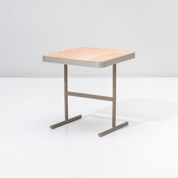 Boma side table 51,1 X 51,1 | Mesas auxiliares de jardín | KETTAL