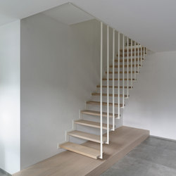 Up suspended staircase flat beam off plane | Escaleras de madera | Jo-a