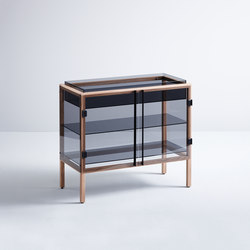 Shade | Display cabinets | böwer