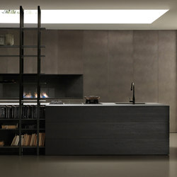 Blade 1 isola con libreria | Fitted kitchens | Modulnova