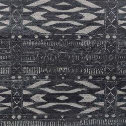 Tribal dark slate | Formatteppiche / Designerteppiche | Miinu