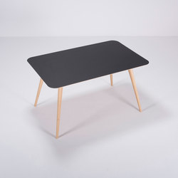 Linn table | 140x90x75 | Dining tables | Gazzda