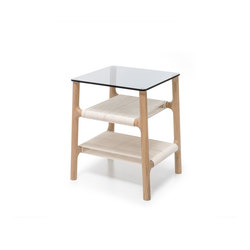 Fawn side table | Mesas auxiliares | Gazzda