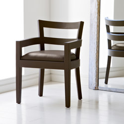 Louvre con brazo chair | Chairs | BALTUS