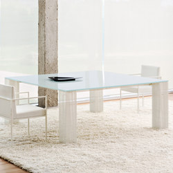 Petronas dining table | Dining tables | BALTUS