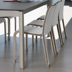 Milo Fabric Chair | Restaurantstühle | Talenti