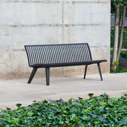 Montreal bench | Exterior benches | AREA
