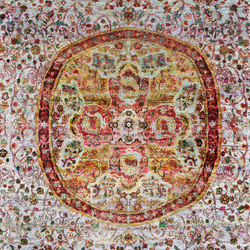 Kundan Pure Silk Classical Persian Medallion | Formatteppiche / Designerteppiche | Zollanvari