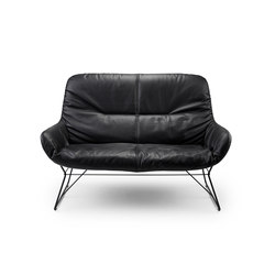 Leya Lounge Couch | Divani lounge | Freifrau Sitzmöbelmanufaktur